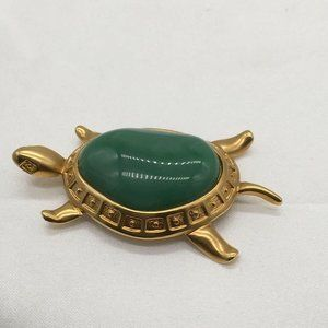 Avon Turtle Brooch Gold Toned Green Stone Vintage